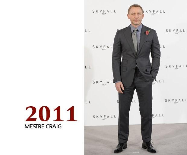 """E no começo da produção de """"Operação Skyfall"""", eis que Craig aparece em seu último estágio de evolução, quando quebrar alguns preceitos do bem vestir só se aplica para quem realmente aprendeu a se vestir (Foto: GQ)"""