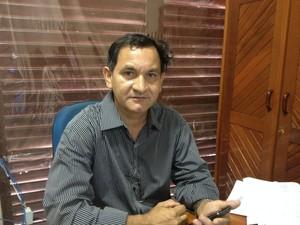 Flávio Oliveira, gestor do Núcleo de Prestação de Contas da Seed (Foto: John Pacheco/G1)