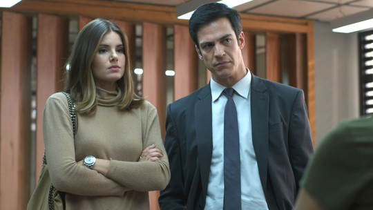 Luíza e Eric denunciam Cássio
