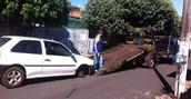 Dupla é presa após carro perder roda (Emerson Bortolaia/Votunews)