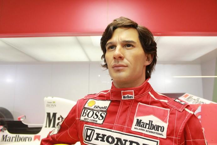 Peça Ayrton Senna impressiona pela fidelidade nos detalhes do rosto do piloto (Foto: Janaina Almeida / Divulgação)
