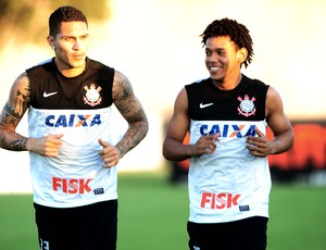 Guerrero Romarinho treino Corinthians (Foto: Marcos Ribolli)