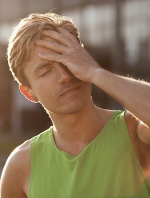dor de cabeça (Foto: Getty Image)