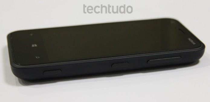 Nokia Lumia 620 (Foto: Marlon Câmara/TechTudo)