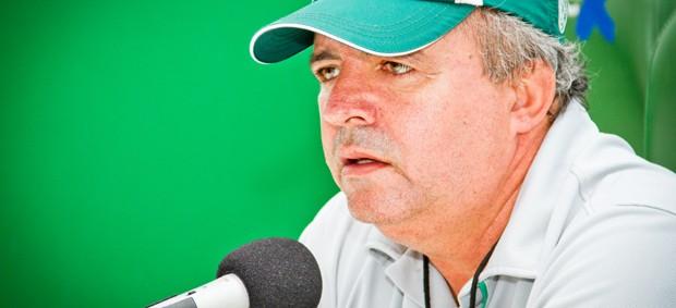 Oswaldo Alvarez, o Vadão, técnico do Guarani (Foto: Rodrigo Gianesi/Globoesporte.com)