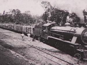 Ferrovia é tema da série 'Histórias para Contar de Novo' - parte 1 (Foto: Reprodução/TV Rio Sul)