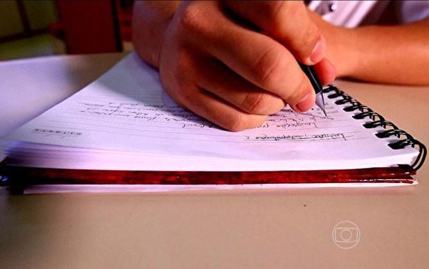 Treine para fazer uma boa redação no Enem (Foto: Reprodução/TV Globo)