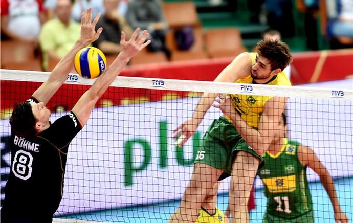 Lucão jogo vôlei Brasil x Alemanha Mundial (Foto: FIVB)