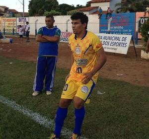 Lourival entrou no Interporto no início do segundo tempo (Foto: Fabrício Soveral/GloboEsporte.com)