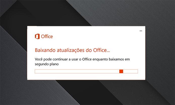 Office 365 e 2016 podem ser atualizados manualmente pelo usuário (Foto: Reprodução/Elson de Souza)