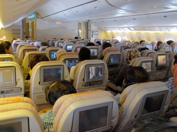 Interior de avião da companhia Emirates (Foto: Andrei Dimofte/Creative Commons)