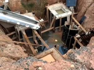 Buraco de fundação em obra de escola de Campinas oferece risco aos estudantes (Foto: Reprodução / EPTV)