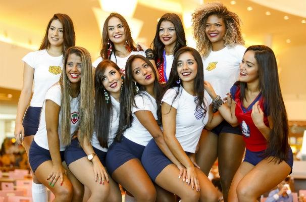 Oito meninas participaram da disputa do Musa do Alagoano 2016 (Foto: Felipe Brasil )