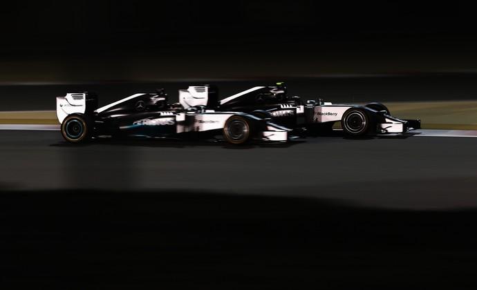 Lewis Hamilton e Nico Rosberg protagonizaram lindo duelo no GP do Bahrein (Foto: Getty Images)