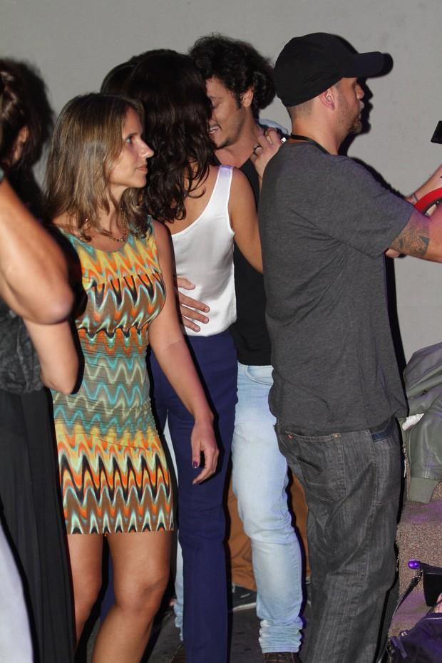 Helena Ranaldi e seu namorado Allan Souza  (Foto: Sandro Cardozo / AgNews)