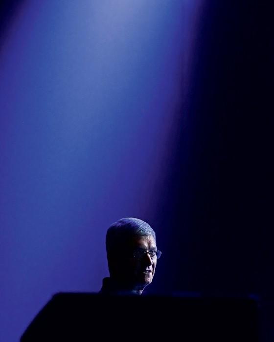 Tm Cook presidente da Apple.Ele foi contudente ao contestar a decisão da justiça em favor do FBI (Foto: Jeff Chiu/AP)
