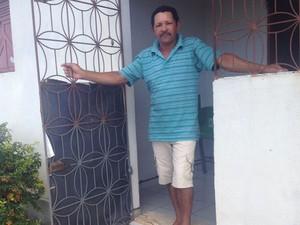 Pedro Miguel espera dois anos pela identificação dos filhos em Natal (Foto: Michelle Rincon/Inter TV Cabugi)