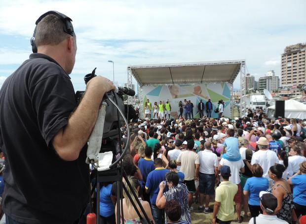 Público acompanhou transmissão do Bem Estar em Florianópolis  (Foto: Valéria Martins/RBS TV SC)