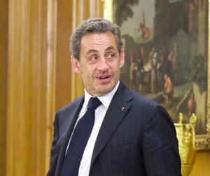 Nicolas Sarkozy está encrencado com a Justiça francesa (Foto: Carlos Alvarez/Getty Images)