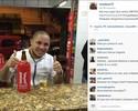 Em boteco, Madson se excede e usa #chupaFelipão em postagem na web