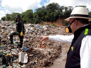 Lixão foi atuado por ter licença ambiental. (Foto: Divulgação/MP)