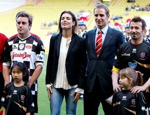 Fernando Alonso jogo de futebol caridade (Foto: AP)