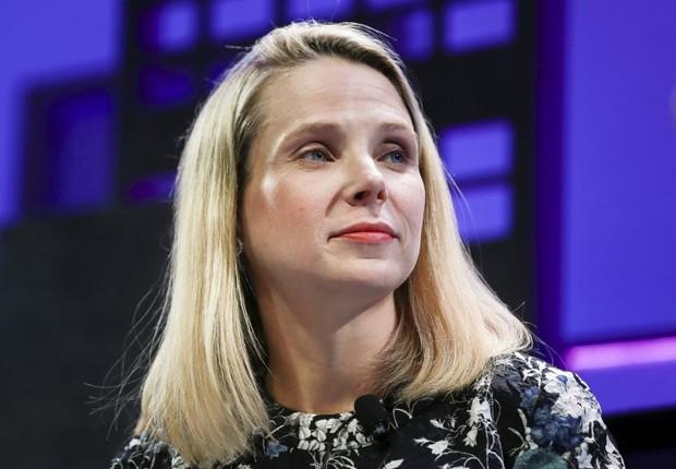 Falhas de segurança custam bónus a líder do Yahoo