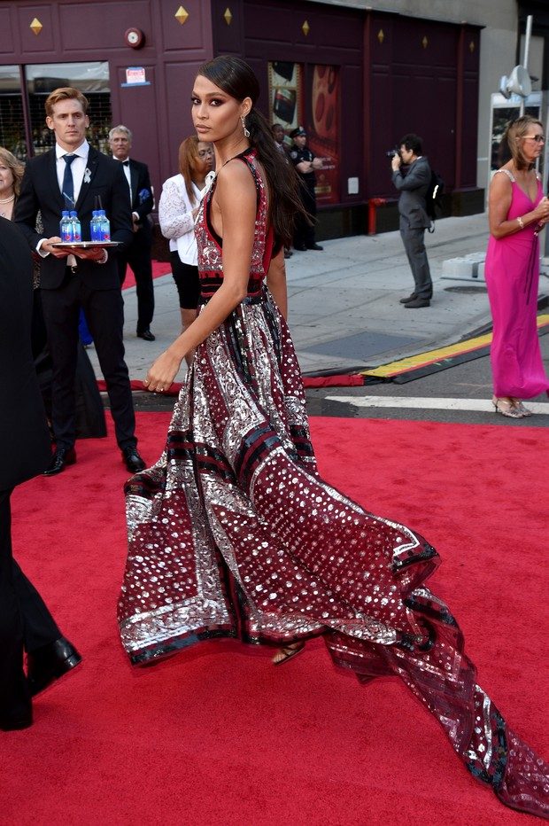 Joan Smalls no Tony Awards (Foto: AFP)