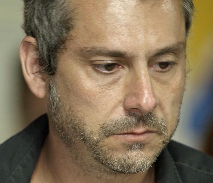 Romero devastado (Foto: TV Globo)