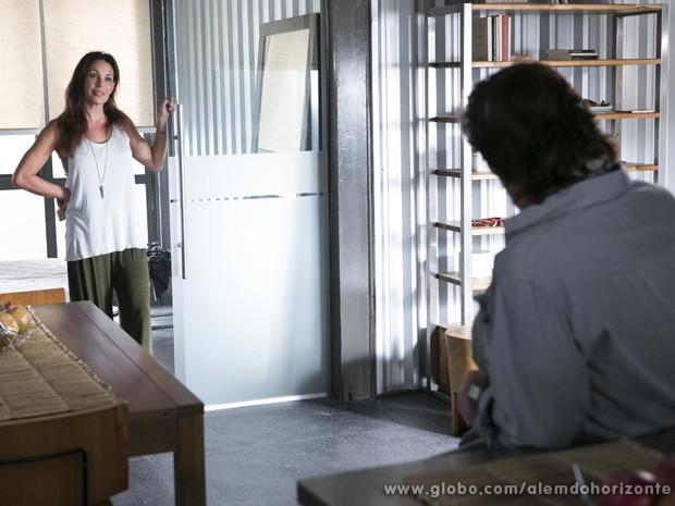 Tereza convence LC a dar uma chance a Marlon (Foto: Felipe Monteiro/TV Globo)