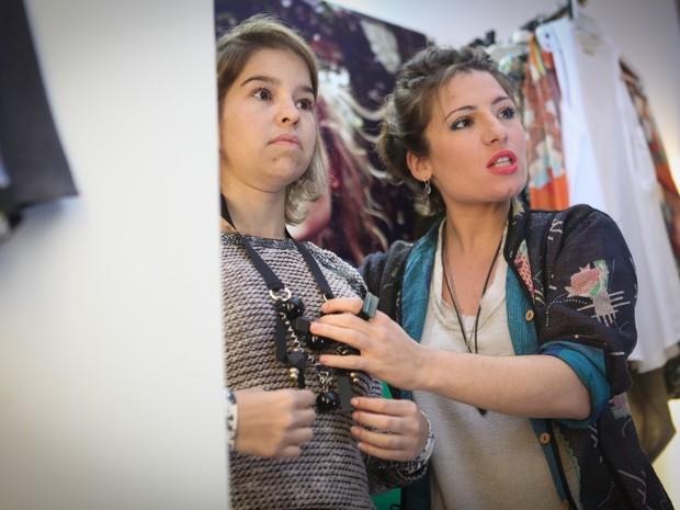 Karina Abud uniu paixão por moda e compras no trabalho como personal shopper (Foto: Caio Kenji/G1)
