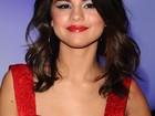 Selena Gomez cancela turnê no leste europeu por problema com visto