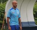 Campeão com atual técnico, Leandro Silva volta a treinar entre os titulares