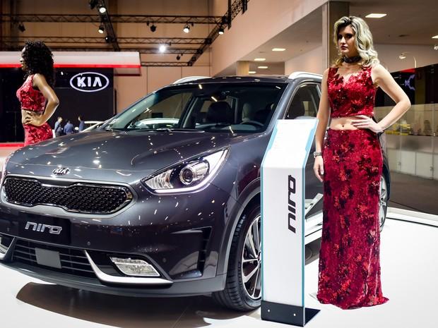 Estande da Kia exibe o Niro no Salão do Automóvel de São Paulo 2016 (Foto: Flavio Moraes/G1)