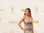 Veja os looks das famosas no tapete vermelho do prêmio Emmy 2015