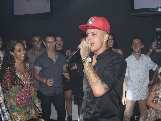 MC Sam canta em festa no Rio (Foto: Monique Molledo/ CI Produções/ Divulgação)