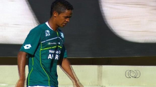 Felipe Amorim, meia-atacante do Goiás (Foto: Reprodução/TV Anhanguera)
