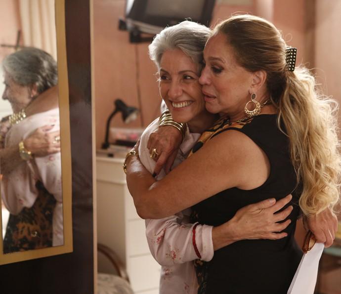 Cassia Kis e Susana Vieira, duas divas da televisão brasileira juntas! É muito amor! (Foto: Ellen Soares/ Gshow)