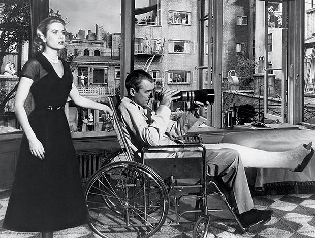 8. Grace Kelly e James Stuart em cena de Janela indiscreta, em 1954 (Foto: divulgação)