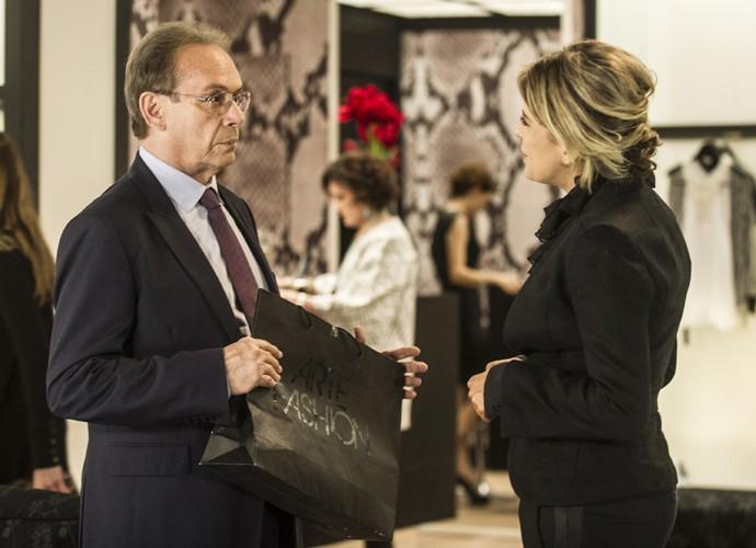 Em 'Amor à Vida', José Wilker viveu o médico bem sucedido Herbert. (Foto: Cynthia Salles / TV Globo)