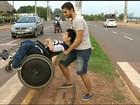 Cadeirantes reclamam da falta de acessibilidade nas ruas de Araguaína