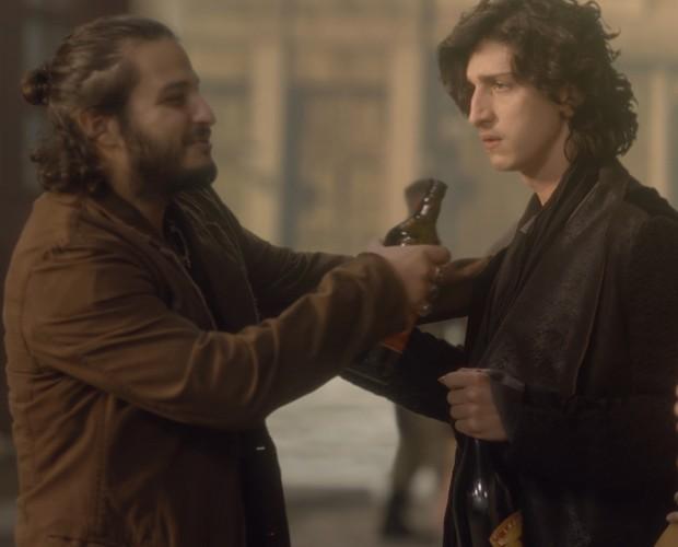 César Cardadeiro em cena com Jhonny Massaro (Foto: Gshow)