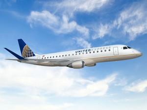 Avião da Embraer com logo da United (Foto: Divulgação/United Airlines)