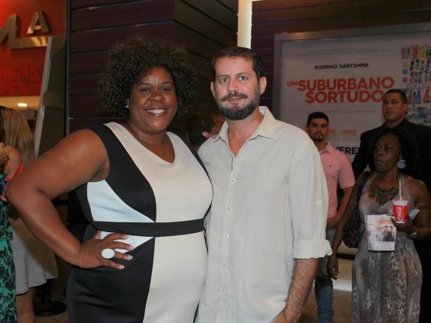 Cacau Protásio e o marido, Janderson Pires, em pré-estreia de filme na Zona Oeste do Rio (Foto: Marcello Sá Barretto/ Ag. News)