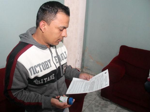 Homem com doença rara que causa morte súbita reclama de atraso no fornecimento de remédio (Foto: Jomar Bellini / G1)