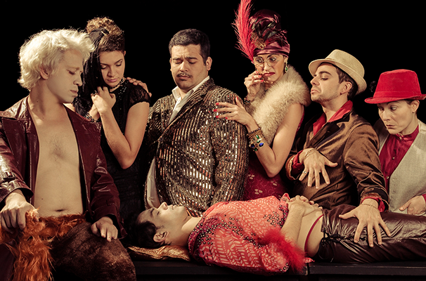 Cena do espetáculo da Cia Teatral Loucos do Tarô (Foto: Divulgação)