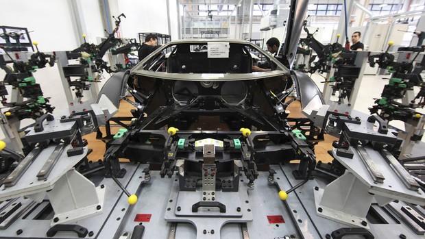 Veja produção do Lamborghini Aventador