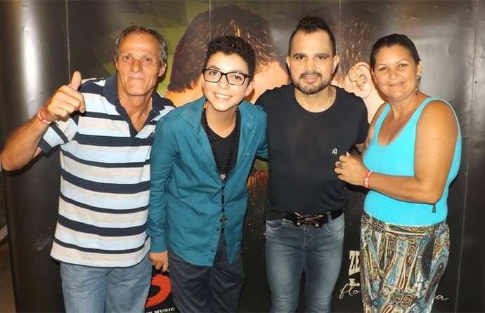 Wagner Barreto The Voice Kids pai e mãe e Zezé Di Camargo e Luciano (Foto: Arquivo pessoal)