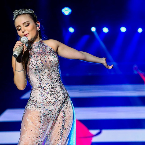 Larissa Manoela gravou seu primeiro DVD no Arraiá do Galinho, em Salvador (Foto: Manuela Scarpa/Brazil News)