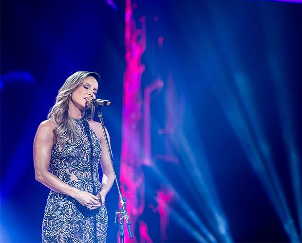 """Claudia cantou sua música nova, """"Sinais"""", na final do The Voice (Foto: Isabella Pinheiro/Gshow)"""
